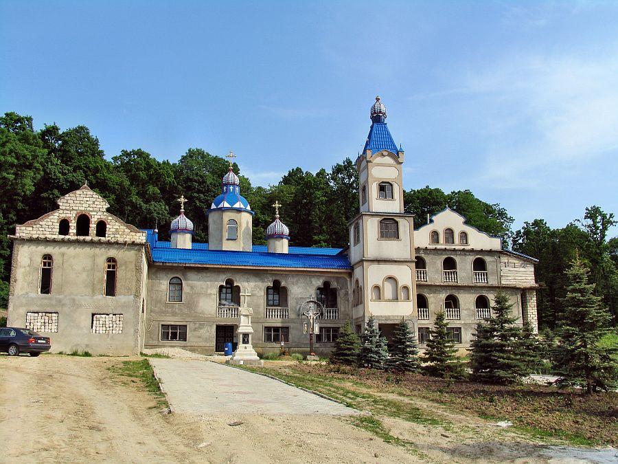 Монастырь Веверица