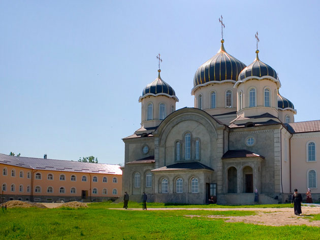 Монастырь Никорень